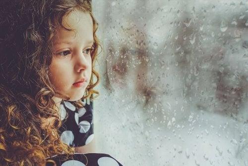Was passiert, wenn wir als Kinder nicht geliebt wurden?