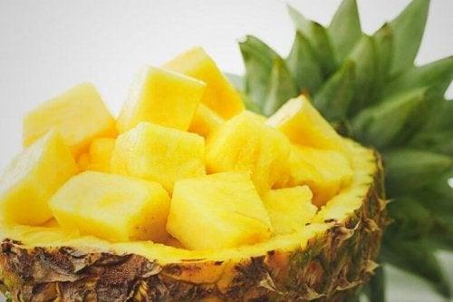 Effektive Naturheilmittel mit Ananas