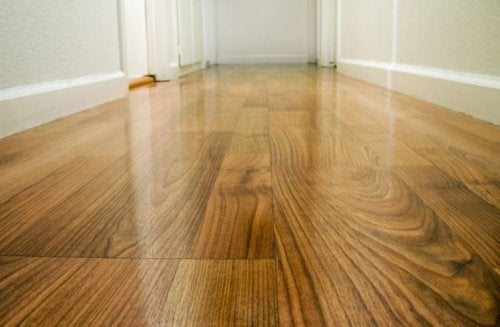 Holzboden wachsen