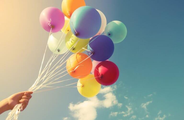 16 Ideen zum Dekorieren mit Luftballons