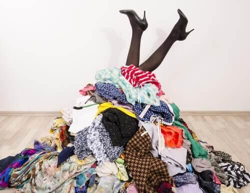So kommt Ordnung in den Kleiderschrank!