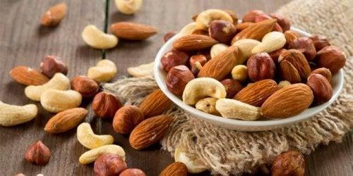 Nüsse stärken die Gesundheit deiner Augen