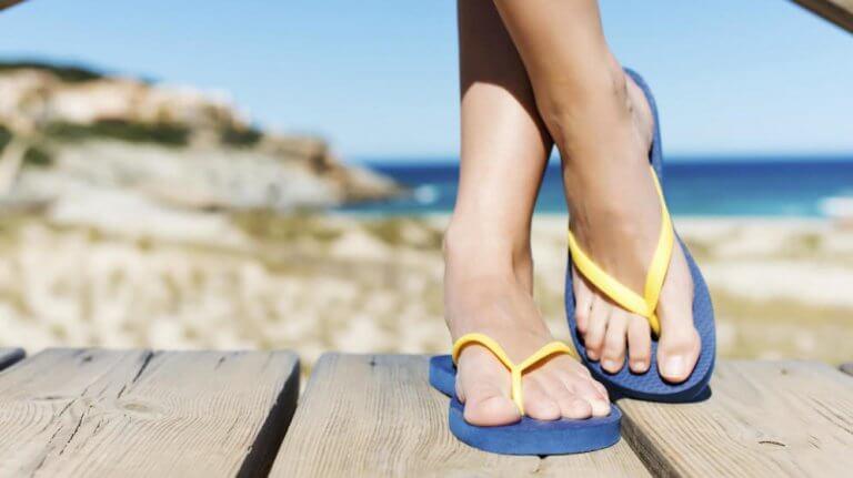 Sind Flip-Flops ungesund für die Füße?