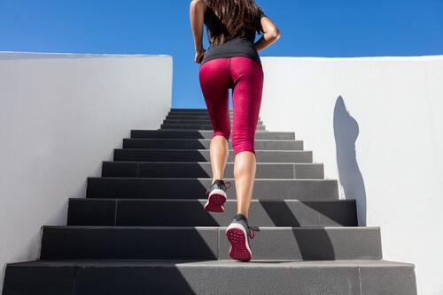 Treppensteigen gegen Cellulite