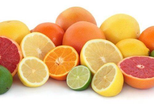viele Ballaststoffe in Zitrusfrüchten