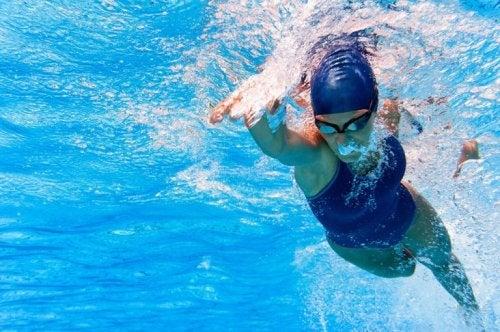 Schwimmen für ein gesundes Herz