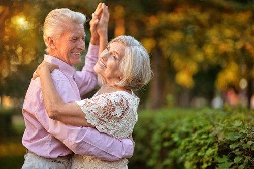Übungen für Senioren: Tanzen