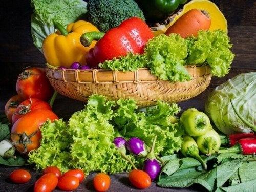 Arthrose vorbeugen mit Obst und Gemüse