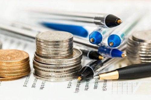 Ein Budget hilft jeden Monat Geld zu sparen