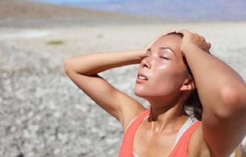 Ursachen für Muskelkrämpfe: zu wenig wasser durch Hitze