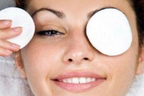 Dunkle Augenringe und was dagegen hilft
