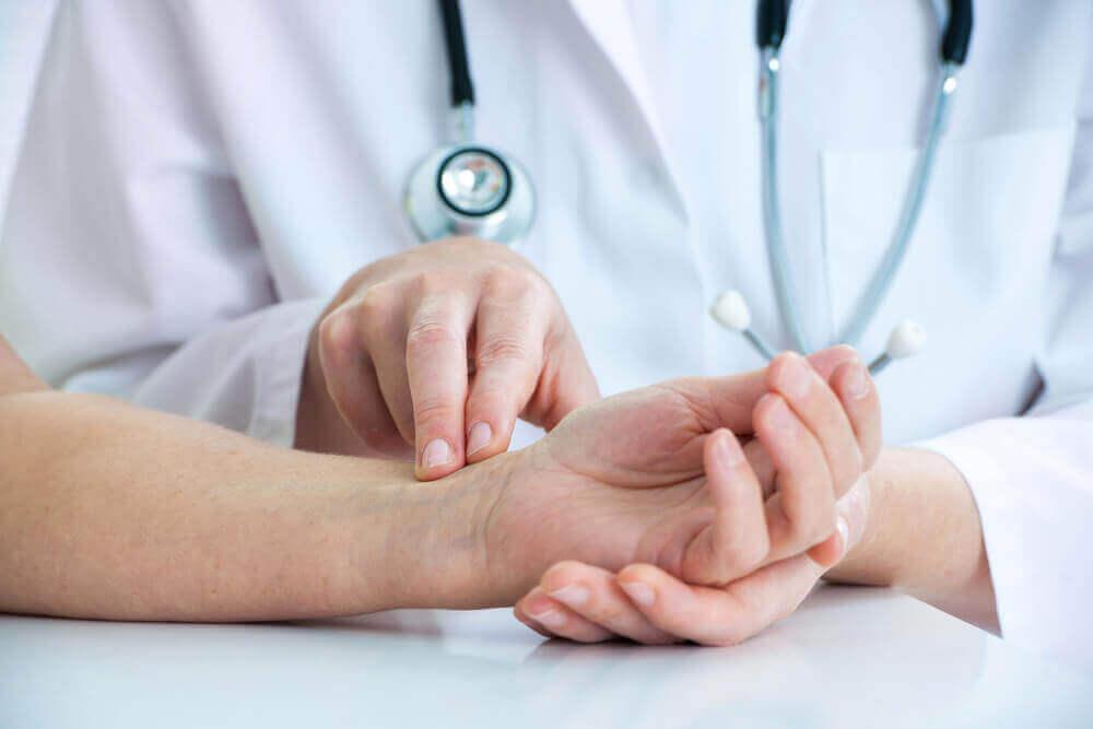 Natürliche Heilmittel gegen Durchblutungsstörungen