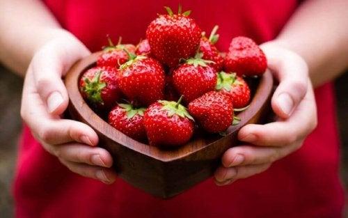 Erdbeeren für ein starkes Herz