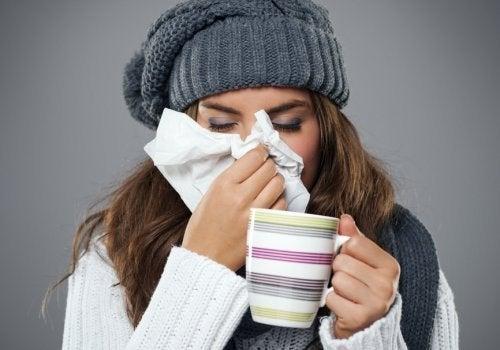 Duschen mit kaltem Wasser hilft Erkältungen vorzubeugen