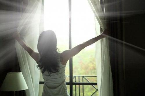Fenster weit öffnen bei Tagesmüdigkeit
