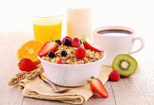 Alltagstipps zur Reduzierung des Körpergewichts: Müsli zum Frühstück