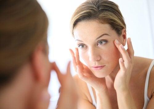 Pflege dein Gesicht mit Apfelessig