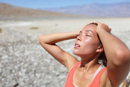 Heißes Wasser hilft nicht dabei deine Haut hydratisiert zu halten