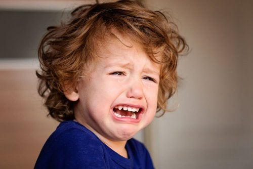Was sind emotionale Verletzungen, die wir seit unserer Kindheit haben