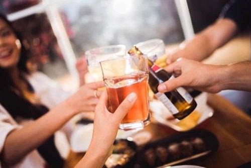 Meide Alkohol für bessere Verdauung