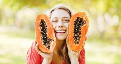 Papaya und Ananas für die Gesundheit