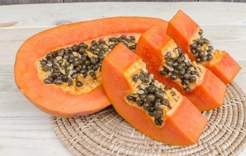 Papaya ist ein gutes Hausmittel gegen Spliss