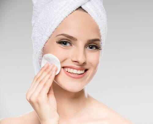 Reinigen für ein perfektes Gesicht