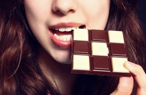 Gut gelaunt mit Schokolade