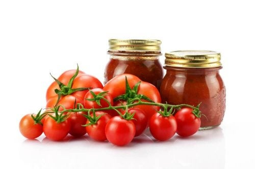 Tomaten im Glas halten lange