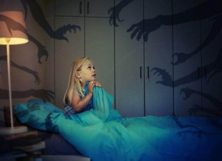 Was hilft Kindern gegen Angst im Dunkeln?