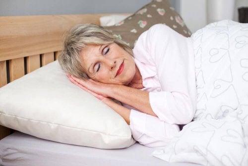Ausreichend Schlaf für gesunde und glückliche Wechseljahre.