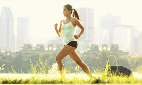 Beim Energie tanken hilft Sport.