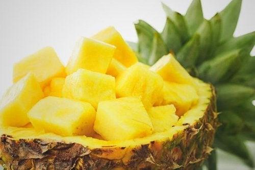 Ananas kann helfen einen Harnwegsinfekt zu behandeln.