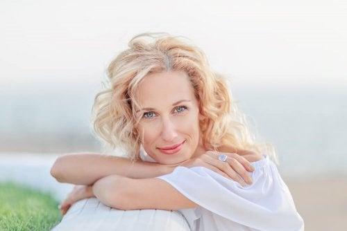 Hautpflege während der Wechseljahre - 8 Tipps