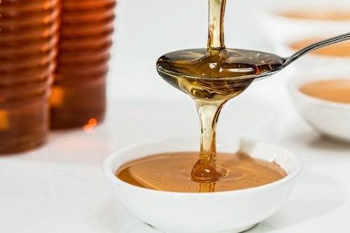 Honig als Naturheilmittel zur Behandlung von Ekzem
