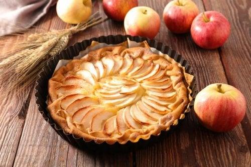 Köstliches Rezept für Apfel-Sahnetorte