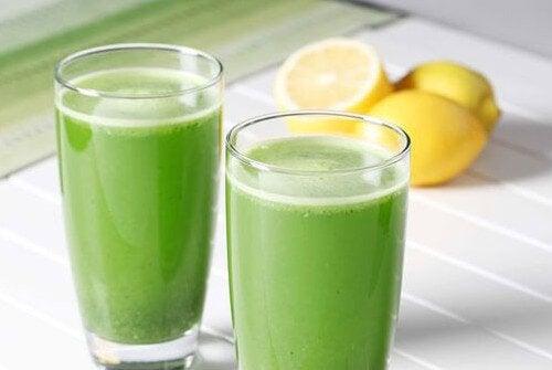 Hausmittel gegen Anämie - Petersilie Zitrone