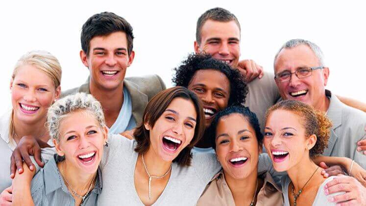 5 Gründe, warum du mehr lachen solltest