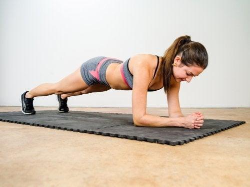 Plankenübung