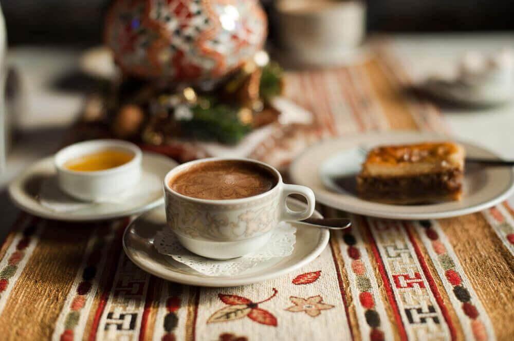 Kaffee und andere Getränke fördern Cellulite