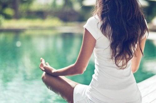 3 Yoga-Übungen für dein Becken