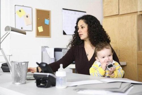 Arbeit - Super-Mutter