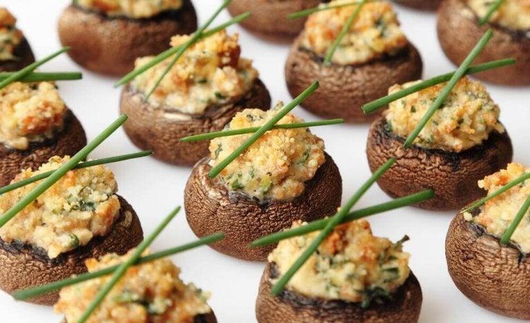 Gefüllte Pilze mit cremiger Füllung