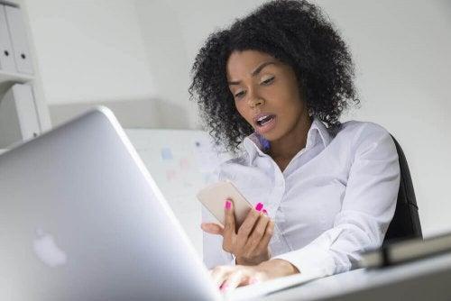 Handynutzung führt zu Prokrastination