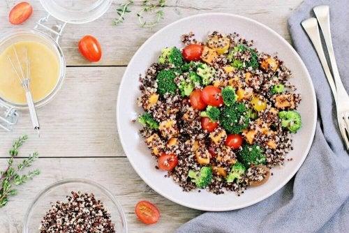 Quinoa hilft beim Abnehmen