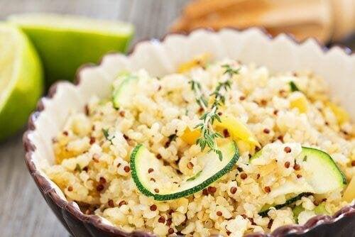 Quinoa kann Kopfschmerzen bekämpfen