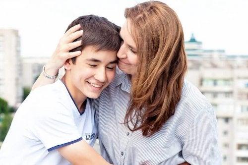 Rat geben So stärkst du die Bindung zu deinen Kindern