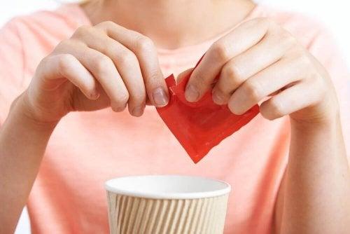 Süßstoffe schädigen die Gehirnfunktion.