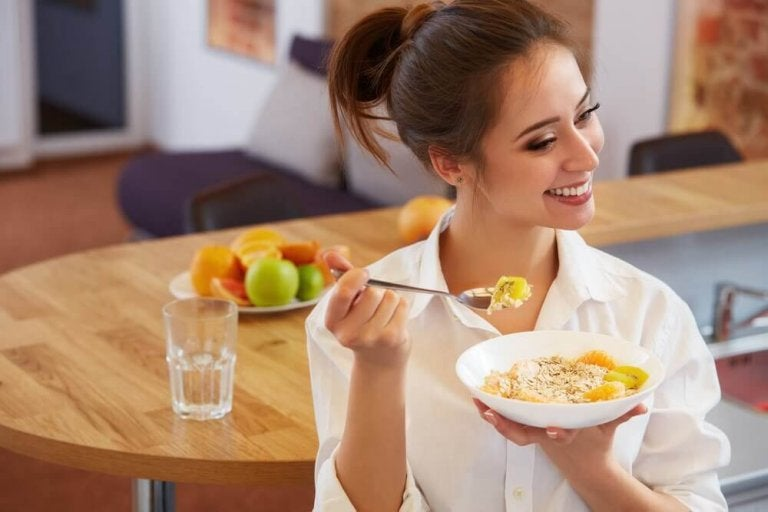 Leichter abnehmen durch das richtige Frühstück: 5 Tipps