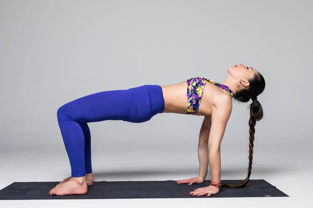 Yoga-Übungen für dein Becken: Brücke
